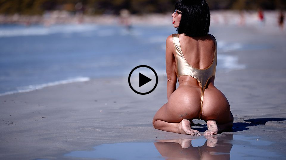 Francesca Felucci - FULL HD Video